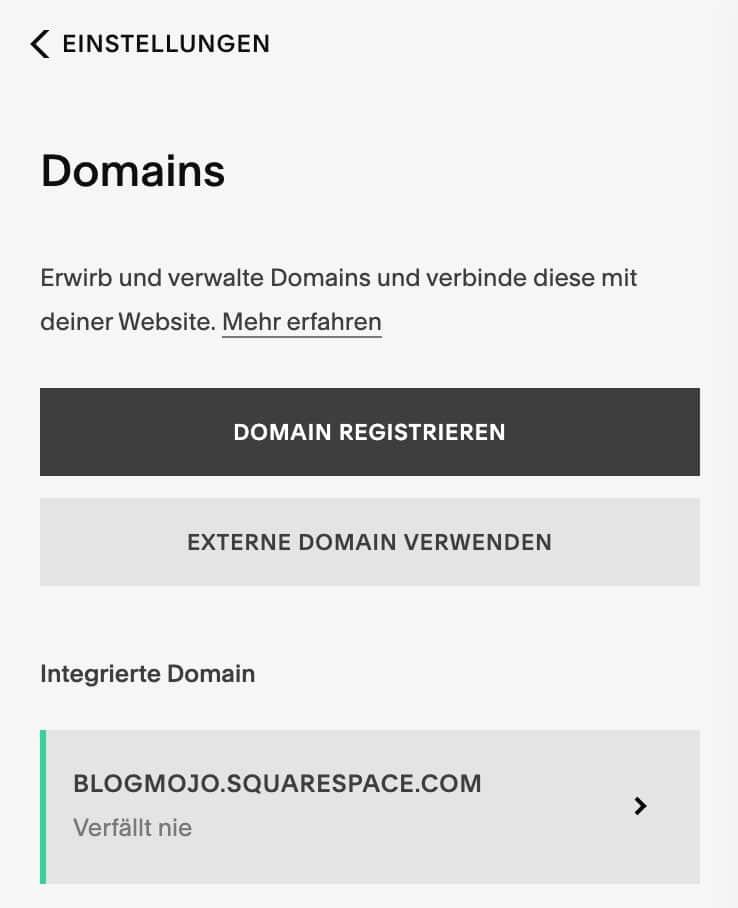 Die Domain wird bei Squarespace in den Einstellungen verbunden